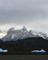 blaue-eisberge-auf-reisen