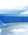 schwimmender-eisberg-des-upsalagletschers